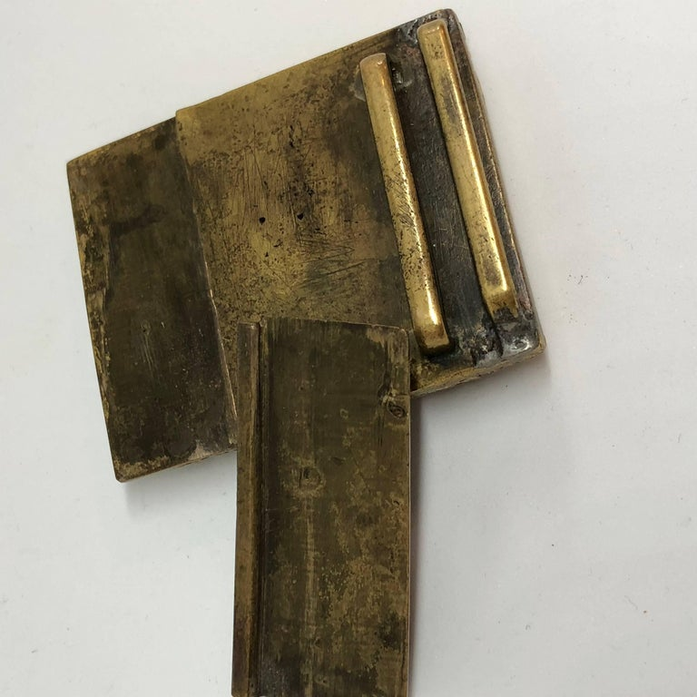 18th Century Chinese Jade and Fire Gilded Bronze Belt Buckle For Sale 6