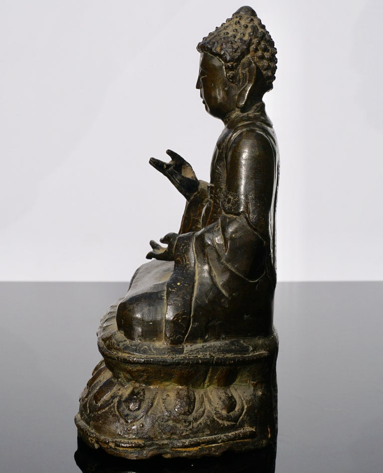 Cast 18th Century Chinese Qing Bronze Buddha Statue For Sale