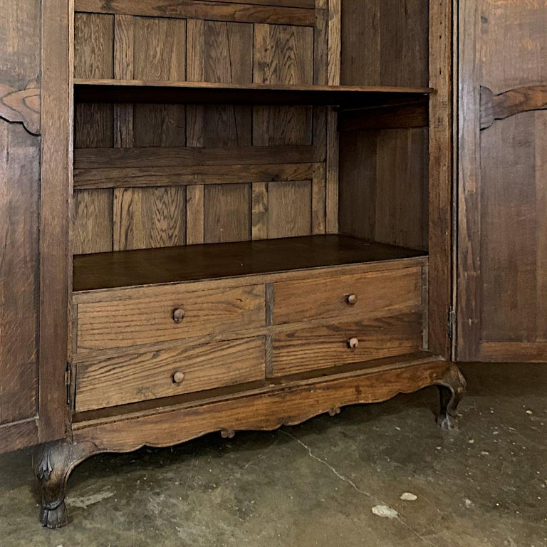 18th Century Country French Louis XV Armoire For Sale 9