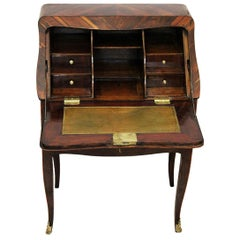 18th Century Curved Sloping Desk in Violet Wood with Gilded Lock