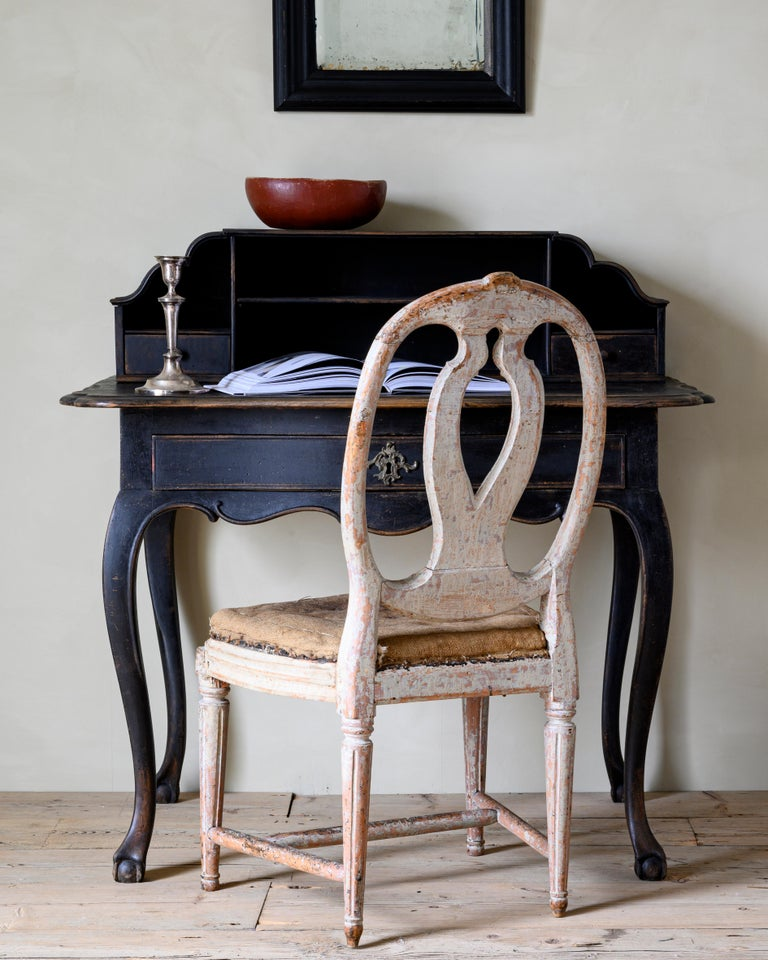 18th Century Danish Rococo Writing Desk In Good Condition For Sale In Helsingborg, SE