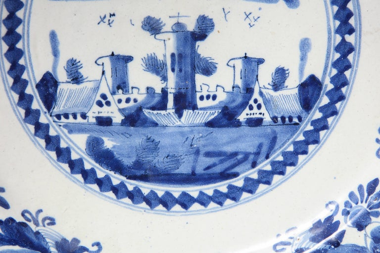 18th Century and Earlier 18th Century Delft Charger For Sale