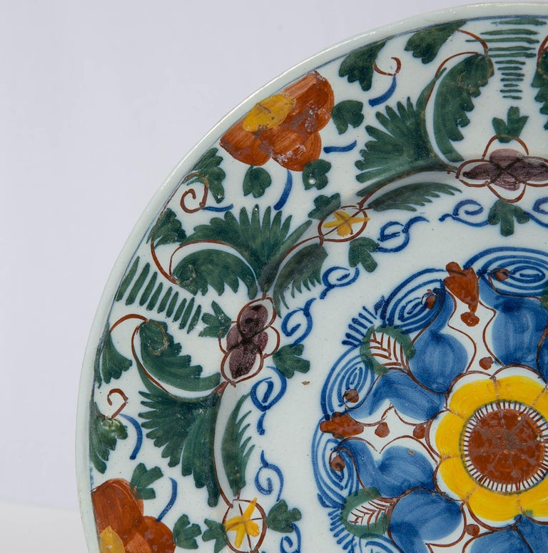 Rococo 18th Century Delft Charger Hand Painted in Polychrome Colors Made circa 1780 For Sale