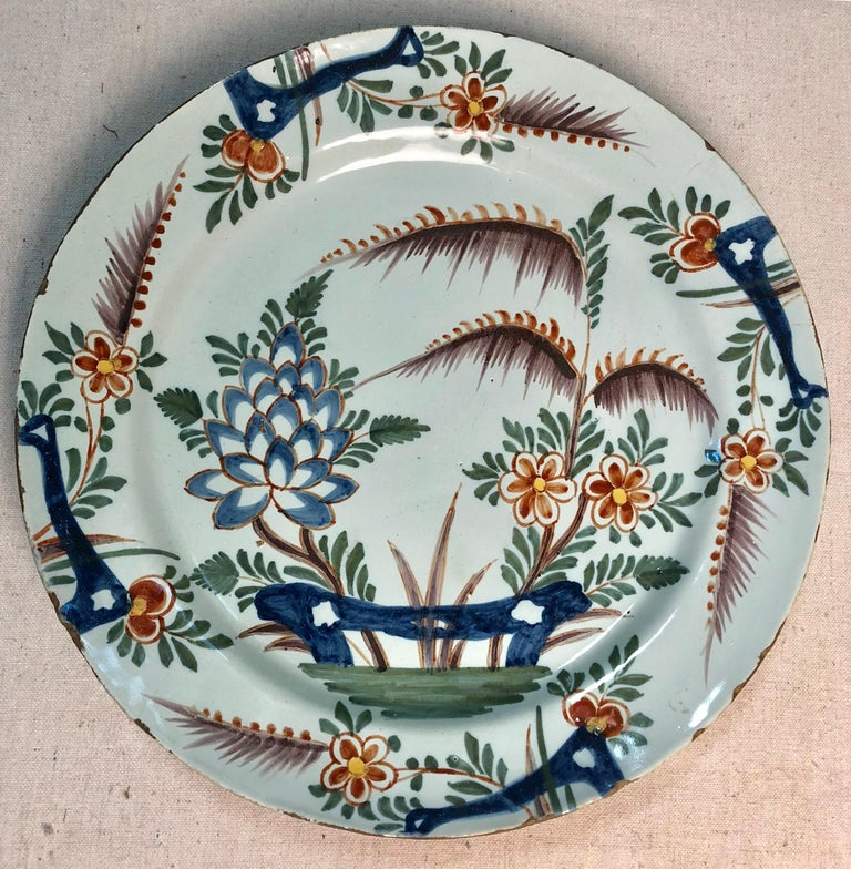 Louis XV 18th Century Delft Polychrome Charger For Sale
