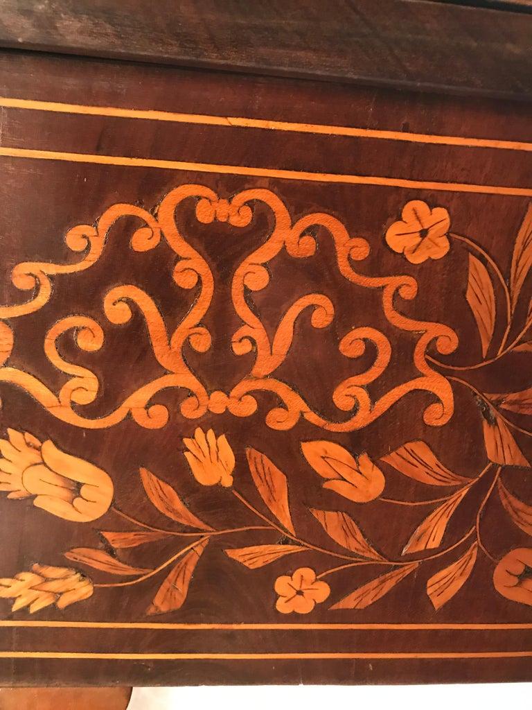 18th Century Dutch Card Table For Sale 11