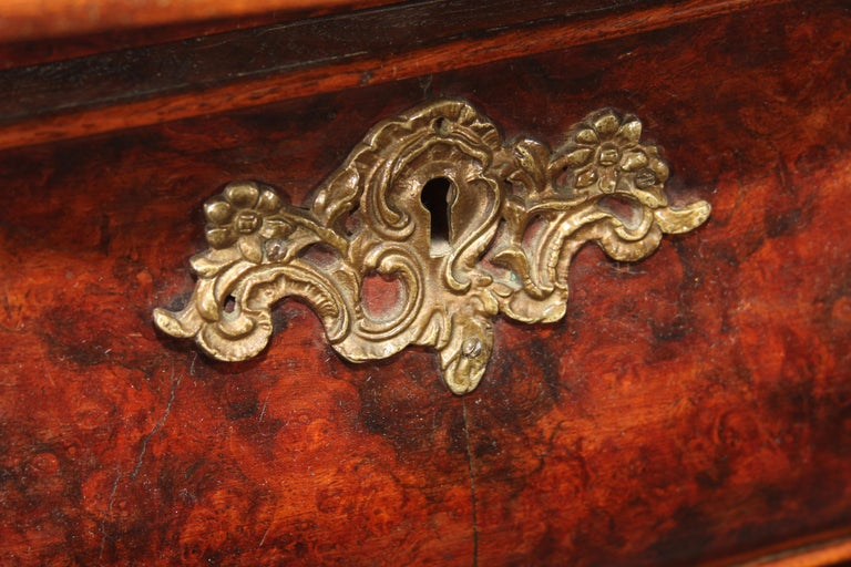 Handsome burl wood 3-drawer Dutch commode, circa 1780. Ornate pulls, beautiful hand carved details.