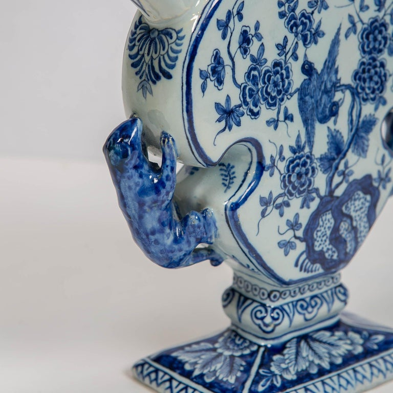 18th Century Dutch Delft Blue and White Tulip Vase 'Tulipiere' In Excellent Condition For Sale In New York, NY