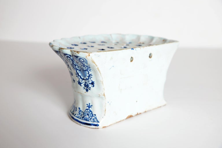18th Century Dutch Delft Bough Pot / Wall Pocket For Sale 2