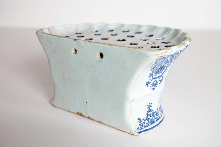 18th Century Dutch Delft Bough Pot / Wall Pocket For Sale 3