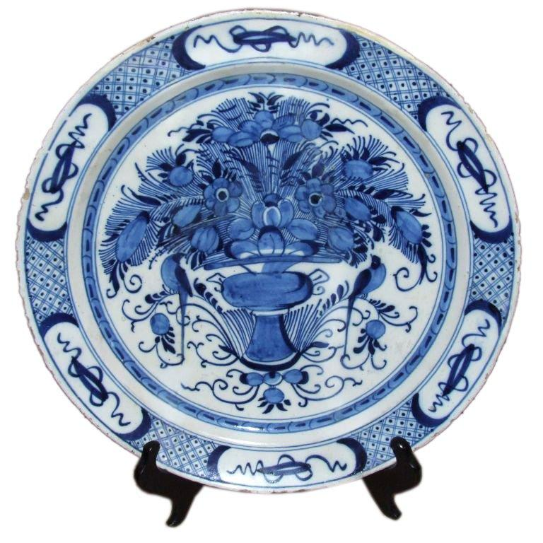 18th Century and Earlier 18th Century Dutch Delft Charger For Sale