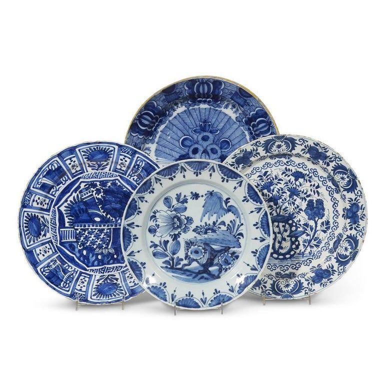 Dutch Delft Chinoiserie Faïence Tin-Glazed Floral Cobalt Blue Charger For Sale 4