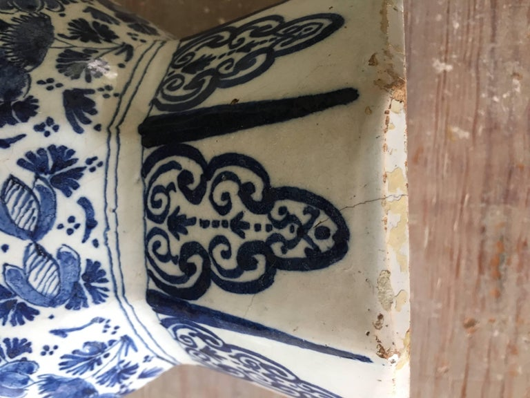 18th Century Dutch Delft Vase For Sale 2