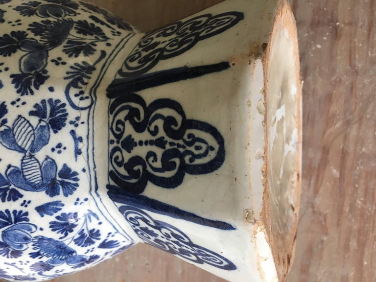 18th Century Dutch Delft Vase For Sale 3