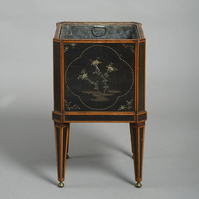 18th Century Dutch Lacquer-Mounted Teestoof, Jardinière or Wine Cooler For Sale 1
