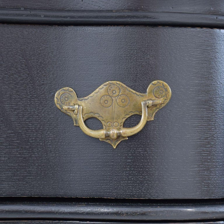18th Century Dutch Painted Oak Chest of Drawers For Sale 13