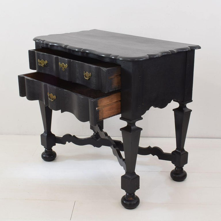 18th Century Dutch Painted Oak Chest of Drawers For Sale 3