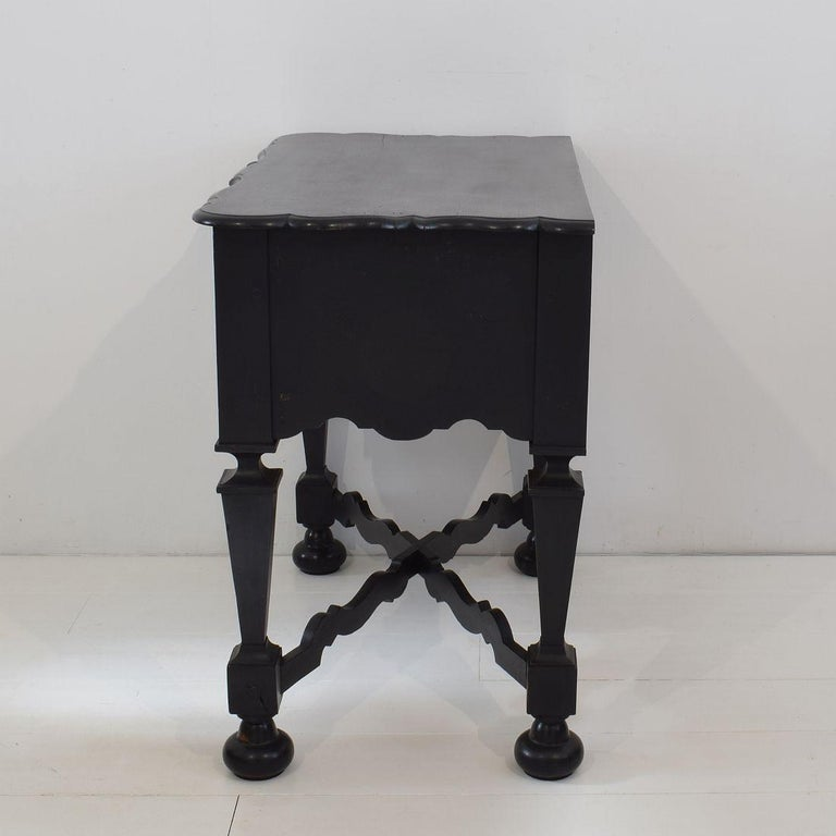 18th Century Dutch Painted Oak Chest of Drawers For Sale 4