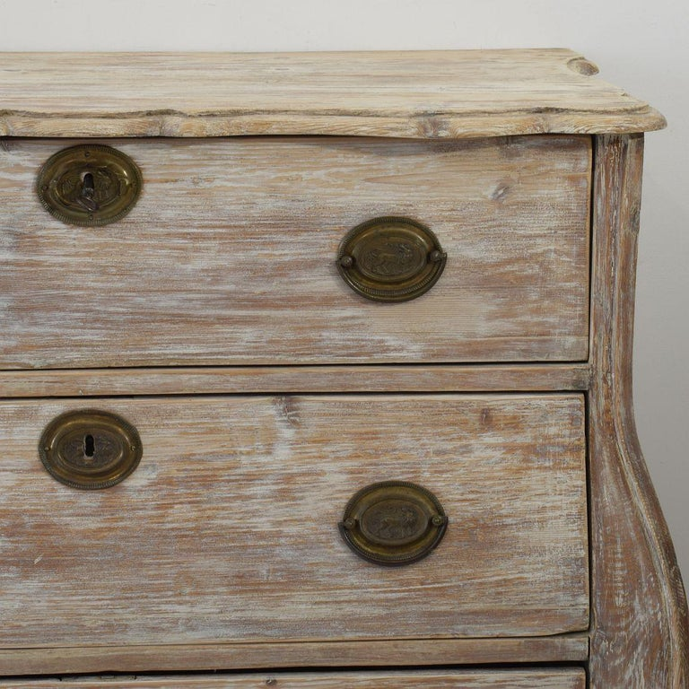 18th Century Dutch Pine Bombe Chest of Drawers For Sale 4