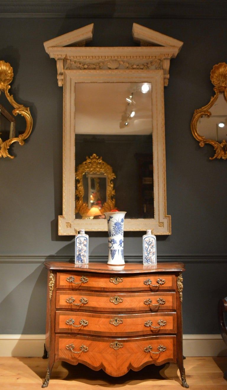 18th Century Dutch Serpentine Commode of Four Drawers 6