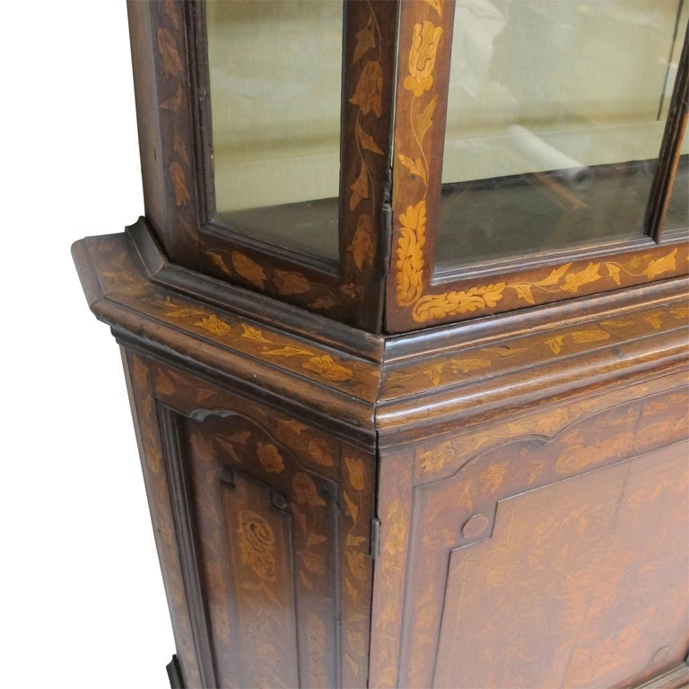 18th Century Dutch Walnut with Fruitwood Inlay Marquetry Cabinet Breakfront For Sale 2