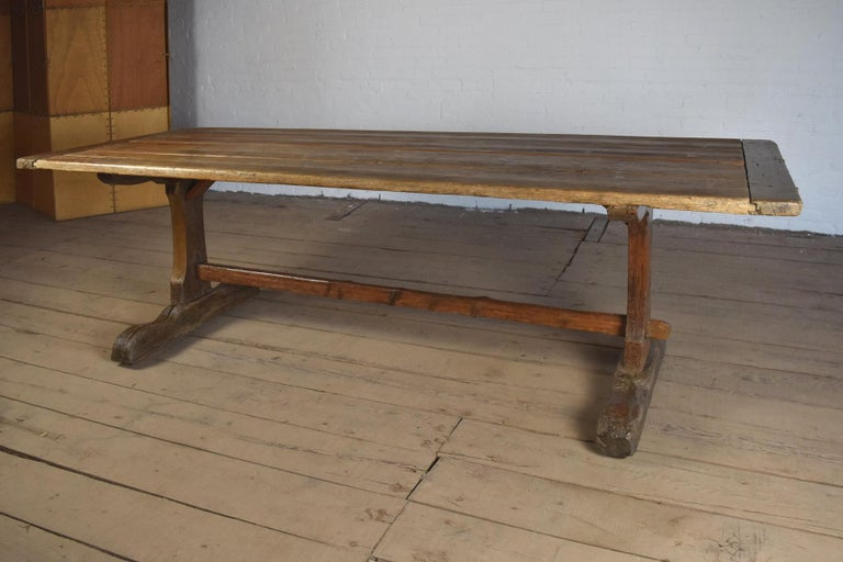 18th Century early American Rustic Pine Trestle Table In Good Condition For Sale In Troy, NY