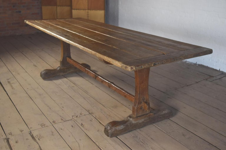 18th Century early American Rustic Pine Trestle Table For Sale 1