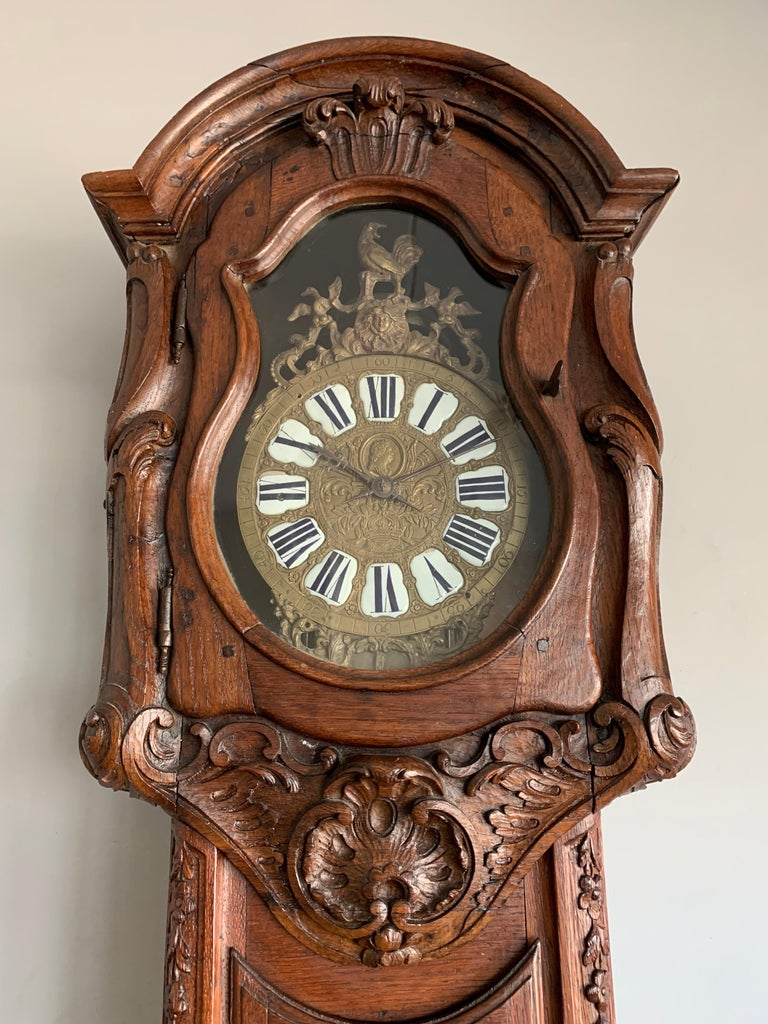 Hand-Carved 18th Century Elegant French Louis XIV Hand Carved Tall Case Clock with Rooster For Sale