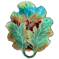 18th Century English Chelsea Colorful Leaf Shaped Plate, Impressed Anchor Mark