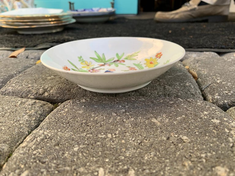 18th Century English Chinoiserie Porcelain Bowl with Old Label For Sale 2
