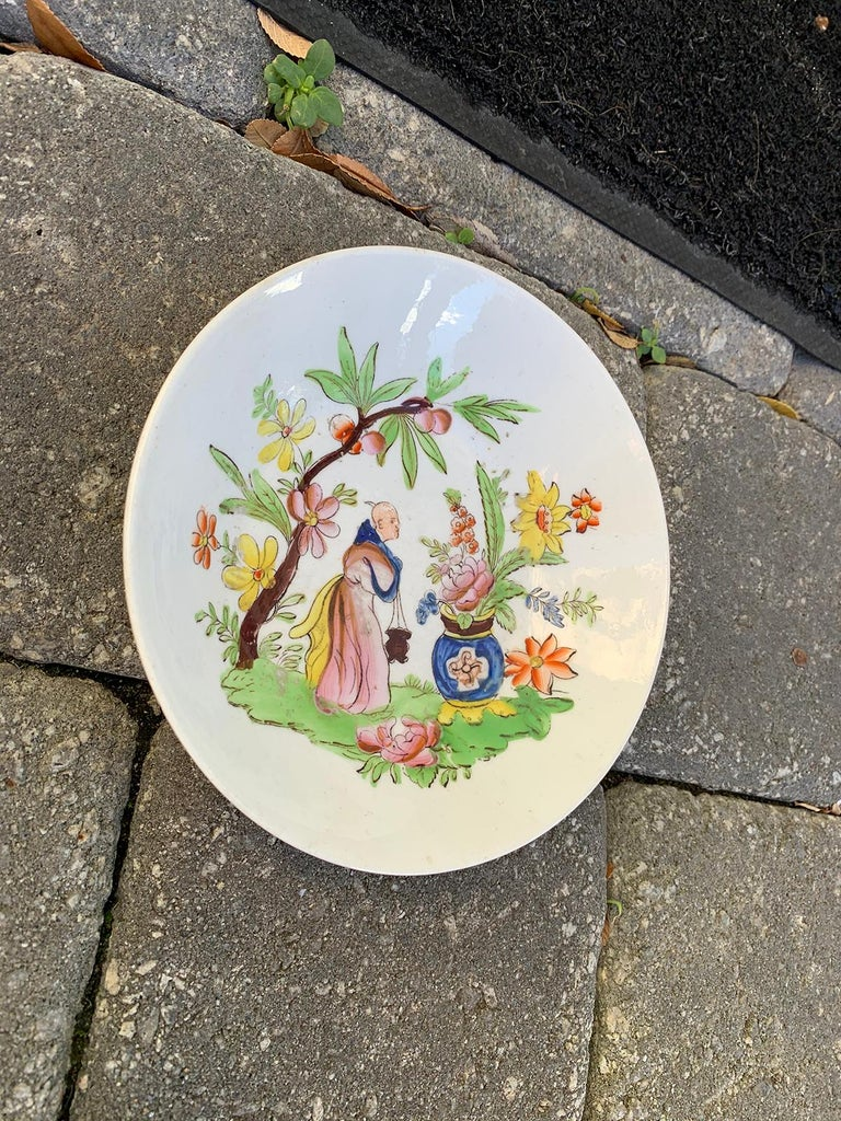 18th Century English Chinoiserie Porcelain Bowl with Old Label For Sale 3