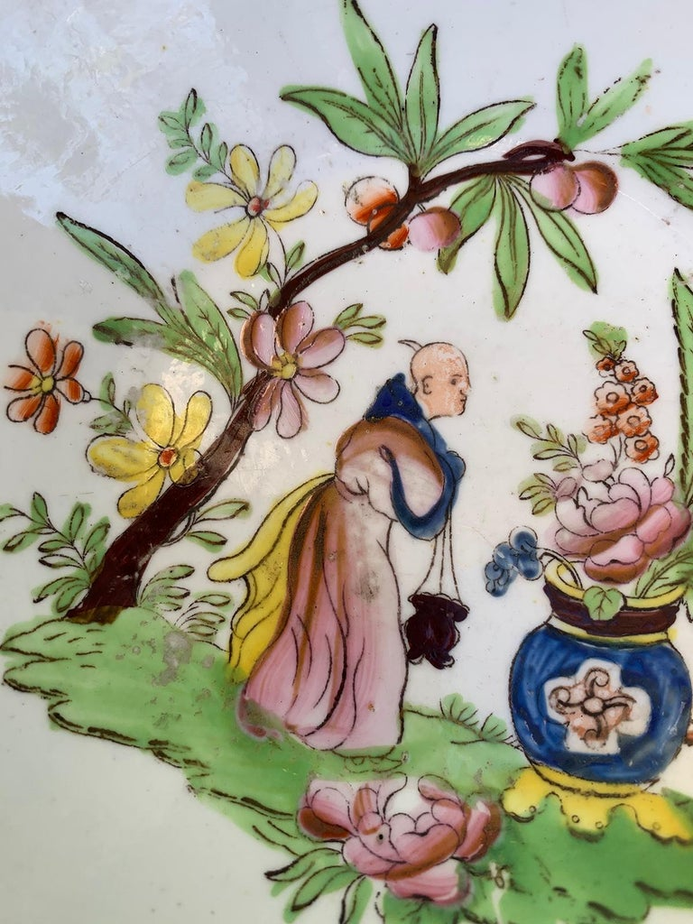 18th Century English Chinoiserie Porcelain Bowl with Old Label For Sale 4