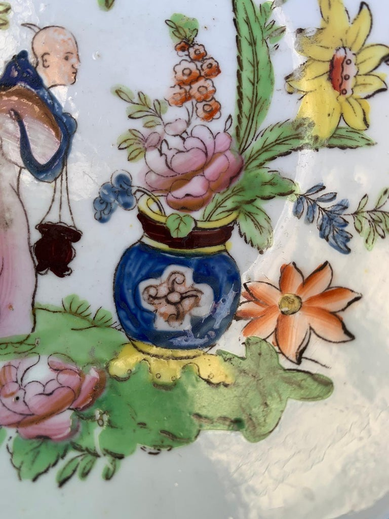 18th Century English Chinoiserie Porcelain Bowl with Old Label For Sale 5