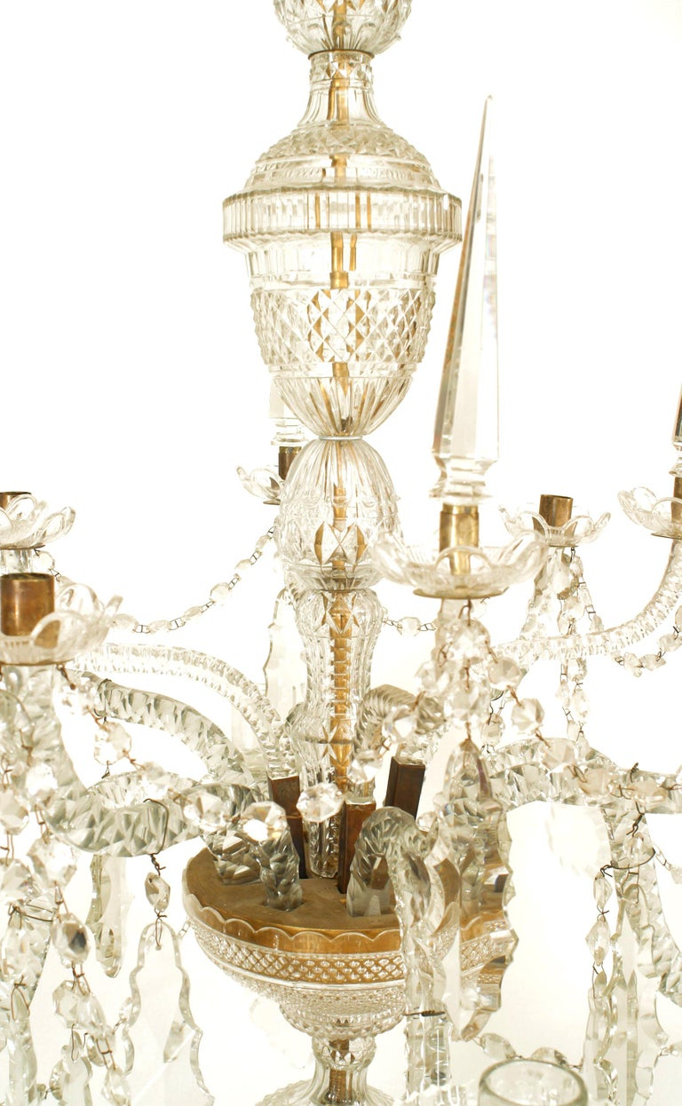 18th Century English Georgian Crystal and Brass Chandelier In Good Condition For Sale In New York, NY