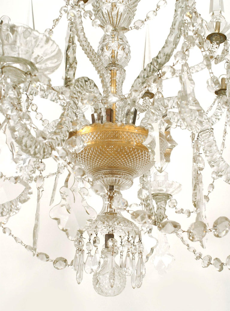 18th Century English Georgian Crystal and Brass Chandelier For Sale 2