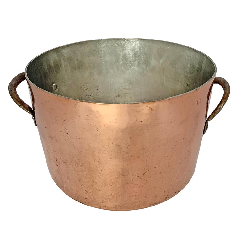 British 18th Century English Hand-Hammered Copper Stock Pot For Sale
