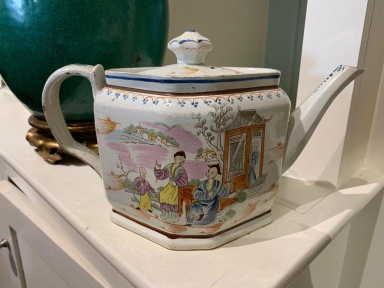 18th century English Lowestoft chinoiserie porcelain teapot.