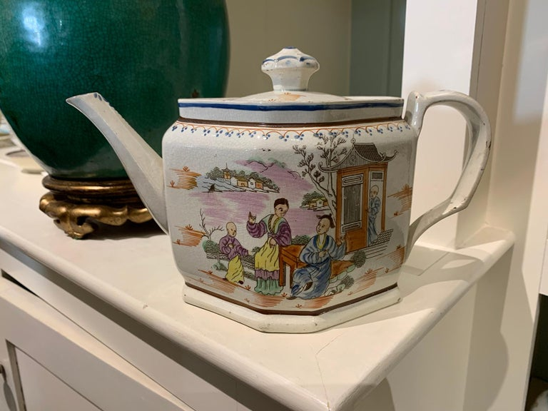 18th Century and Earlier 18th Century English Lowestoft Chinoiserie Porcelain Teapot For Sale