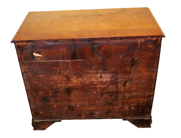 18th Century English North Country Walnut Chest of Drawers For Sale 3