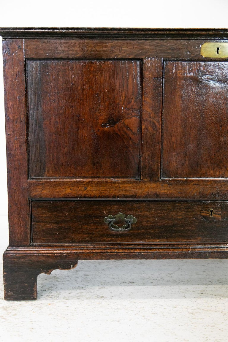 18th Century English Oak Blanket Chest In Good Condition For Sale In Wilson, NC