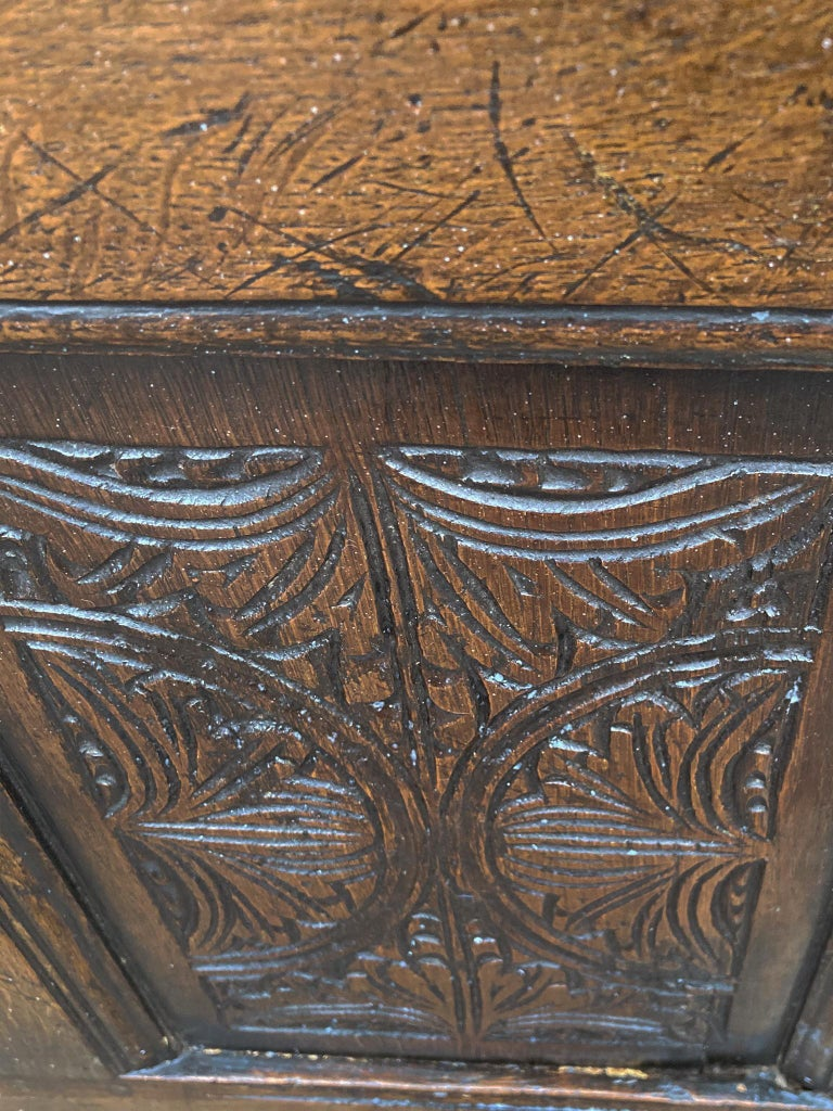 18th Century and Earlier 18th Century English Oak Blanket Chest For Sale