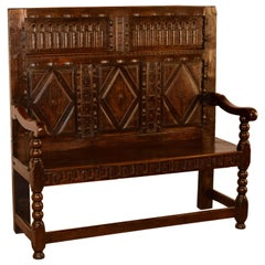18th Century English Oak Settle