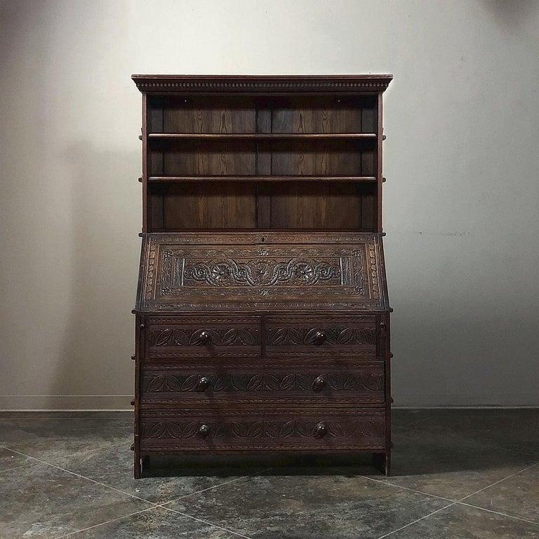 18th Century English Renaissance Secretary Bookcase In Good Condition For Sale In Dallas, TX