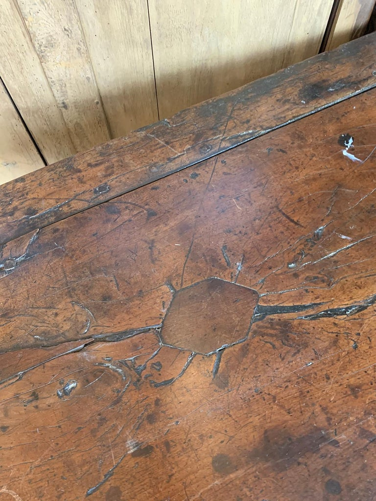 18th Century English Walnut Hall Table with Four Sided Stretcher For Sale 8