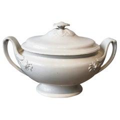 18th Century English Wedgwood Creamware Tureen