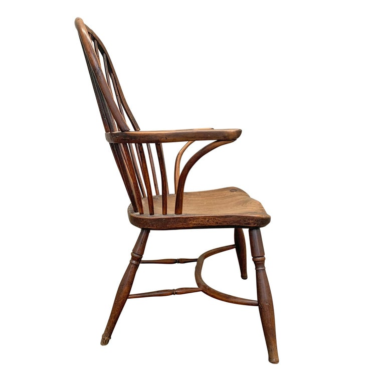 American Colonial 18th Century English Windsor Chair For Sale