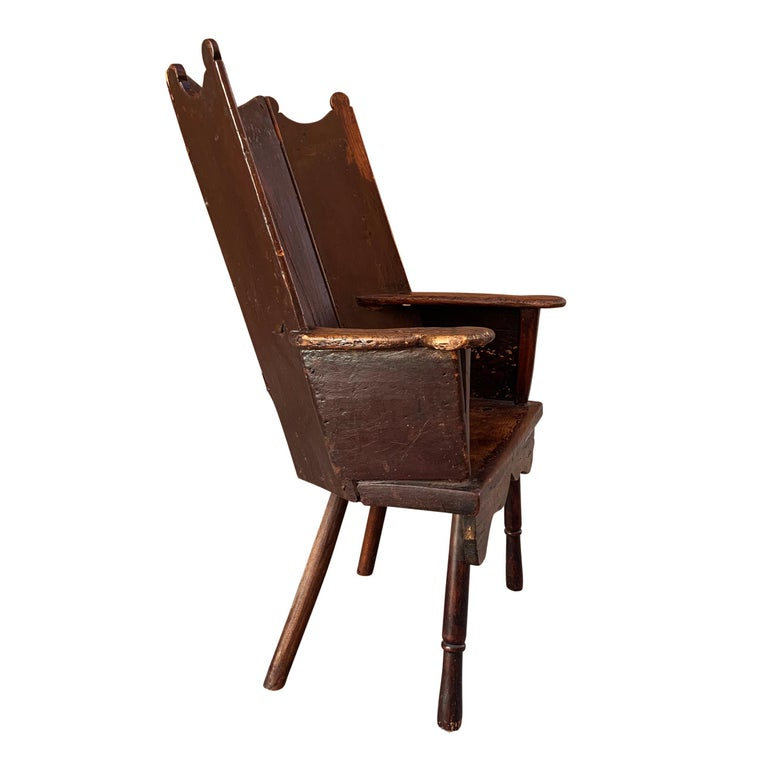 18th Century English Wingback Chair In Good Condition For Sale In Chicago, IL