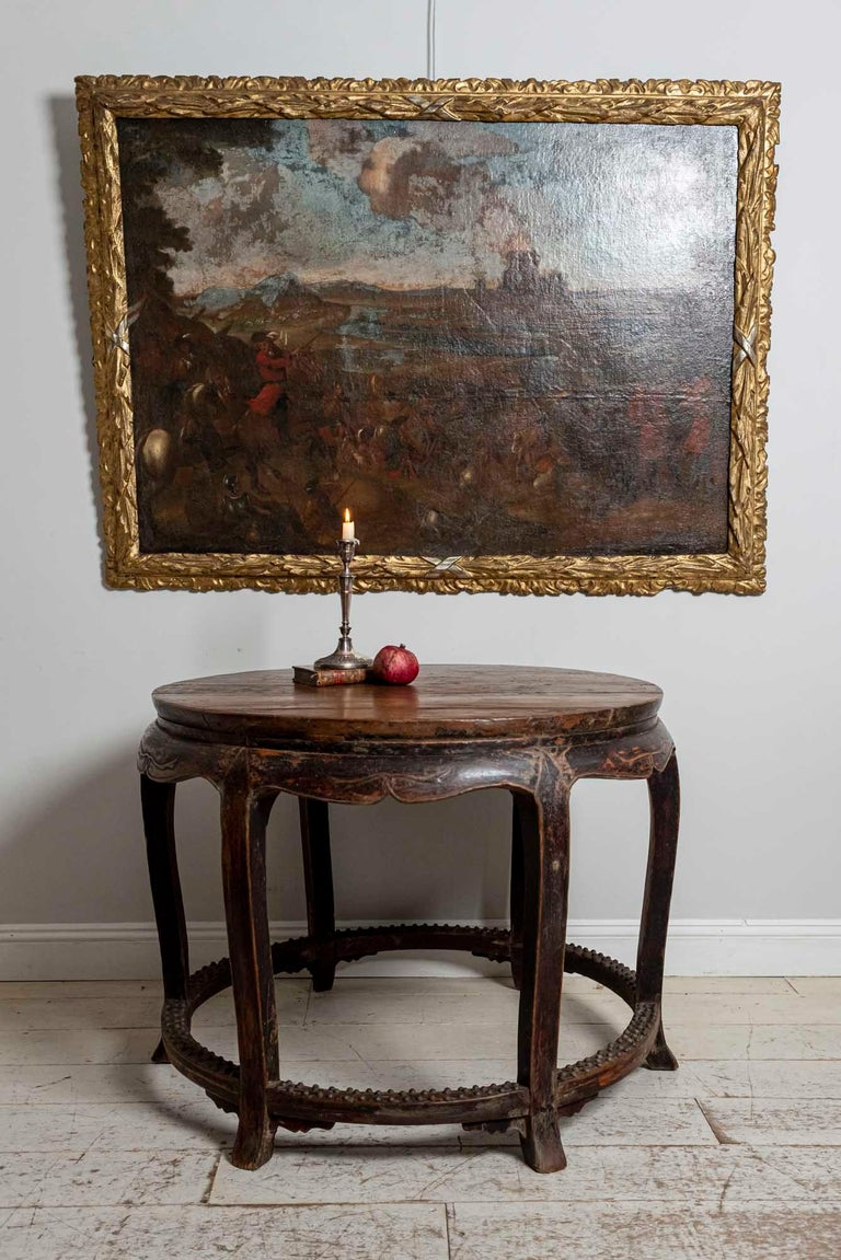 18th Century European Oil Painting of a Battle Scene with a Carved Gilt Frame For Sale 6
