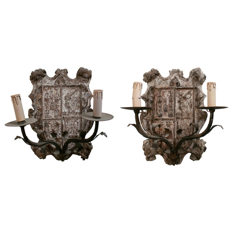 18th Century European Pair of Wood Crest Two-Arm Sconce Wall Lamps For Sale
