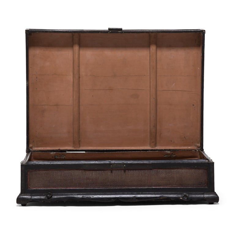 18th Century and Earlier 18th-19th Century Finely Woven Chinese Scroll Trunk For Sale