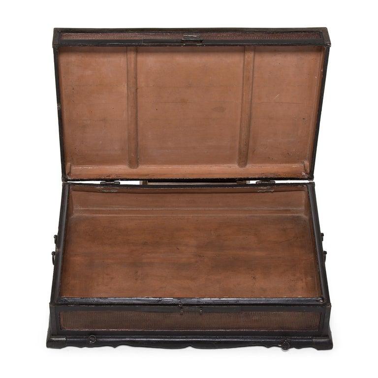 Reed 18th-19th Century Finely Woven Chinese Scroll Trunk For Sale